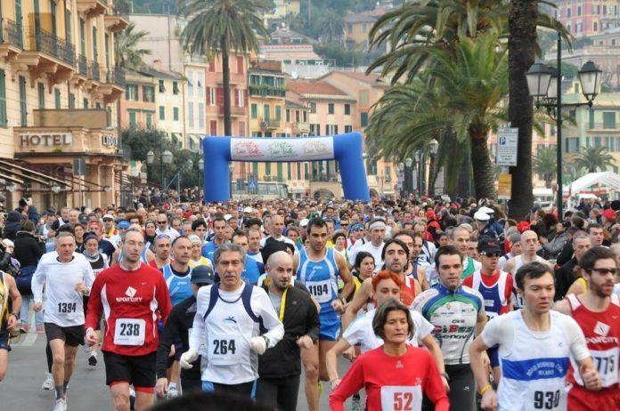 La partenza della Mezza Maratona delle Due Perle