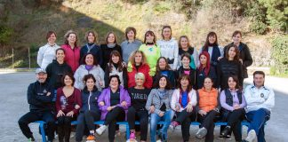 Le mamme calciatrici in campo per una scuola di Celle