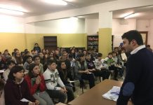 """Uno degli incontri """"Una Classe di Valori"""" con Francesco Bocciardo"""